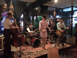 Swingin the Gatsby-melbourne-jazz-band-hire