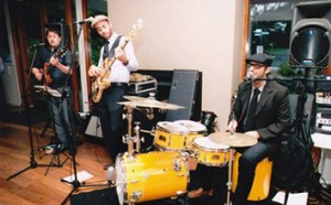The Lowdown-melbourne-wedding-corporate-band-for-hire