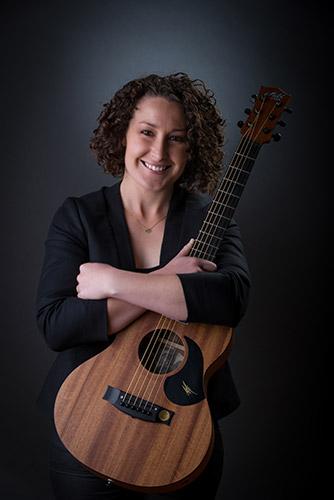 Nyssa Solo Acoustic singer guitarist hire