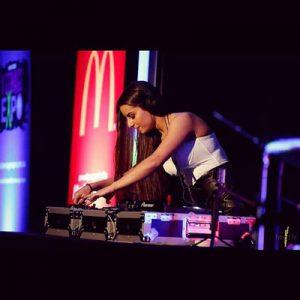 DJ-Singer-Rachel-5