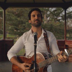 Andrew Solo Singer Guitarist