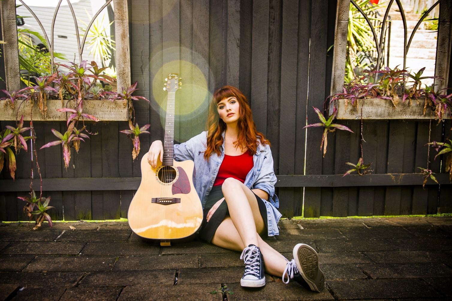Miranda Solo Acoustic Singer Guitarist